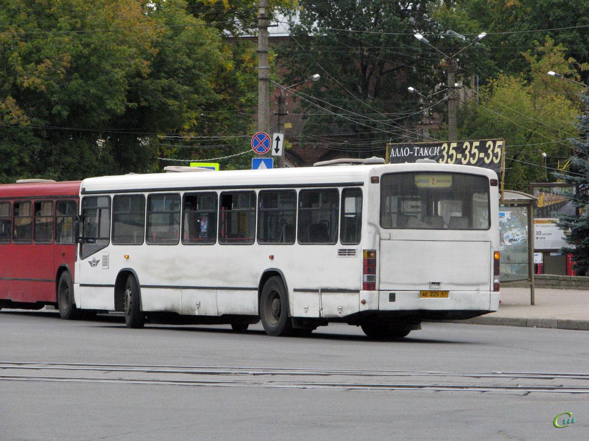 Смоленск. Mercedes-Benz O345 ае225