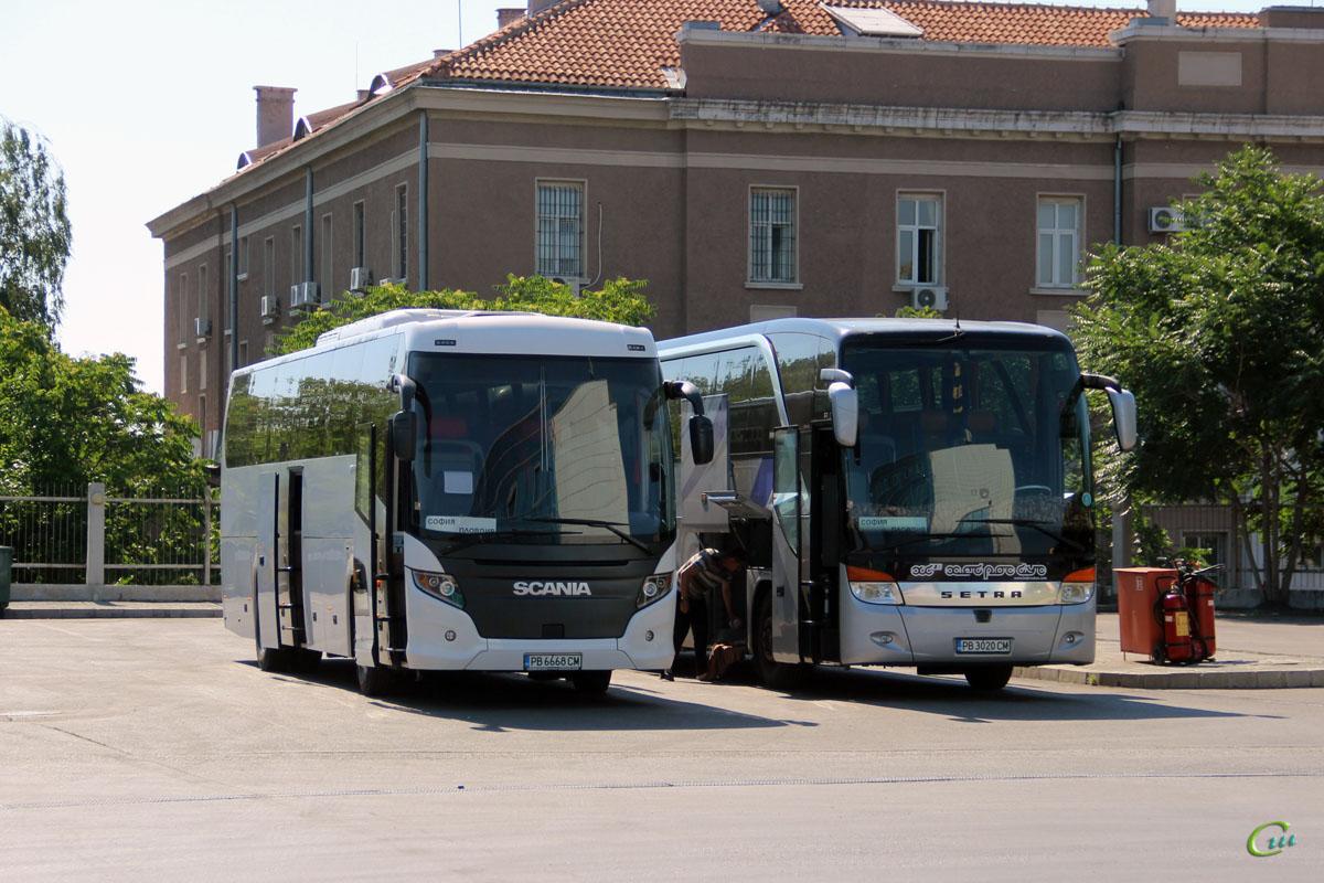 София. Setra S416HDH PB 3020 CM, Scania Touring HD (Higer A80T) PB 6668 CM