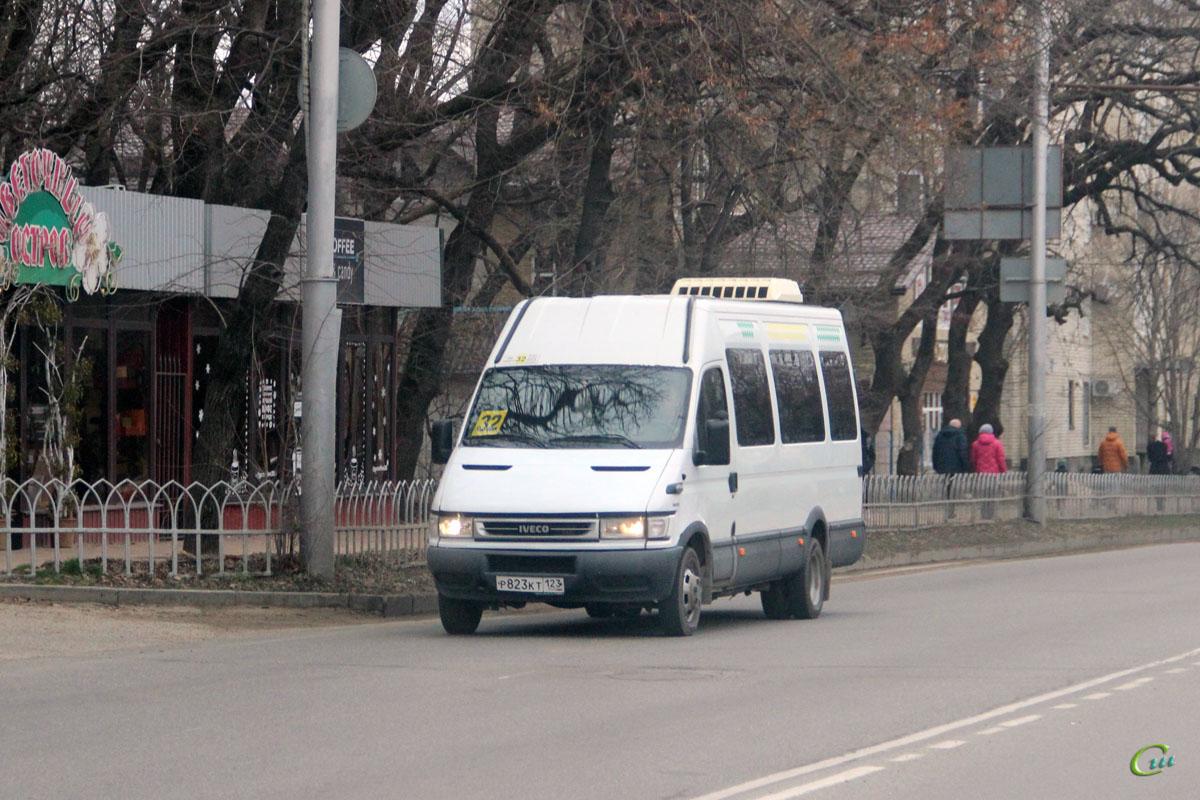Ставрополь. Росвэн-3261 (IVECO Daily) р823кт