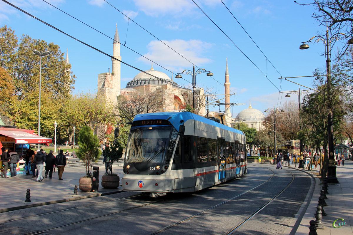 Стамбул. Bombardier Flexity Swift №705