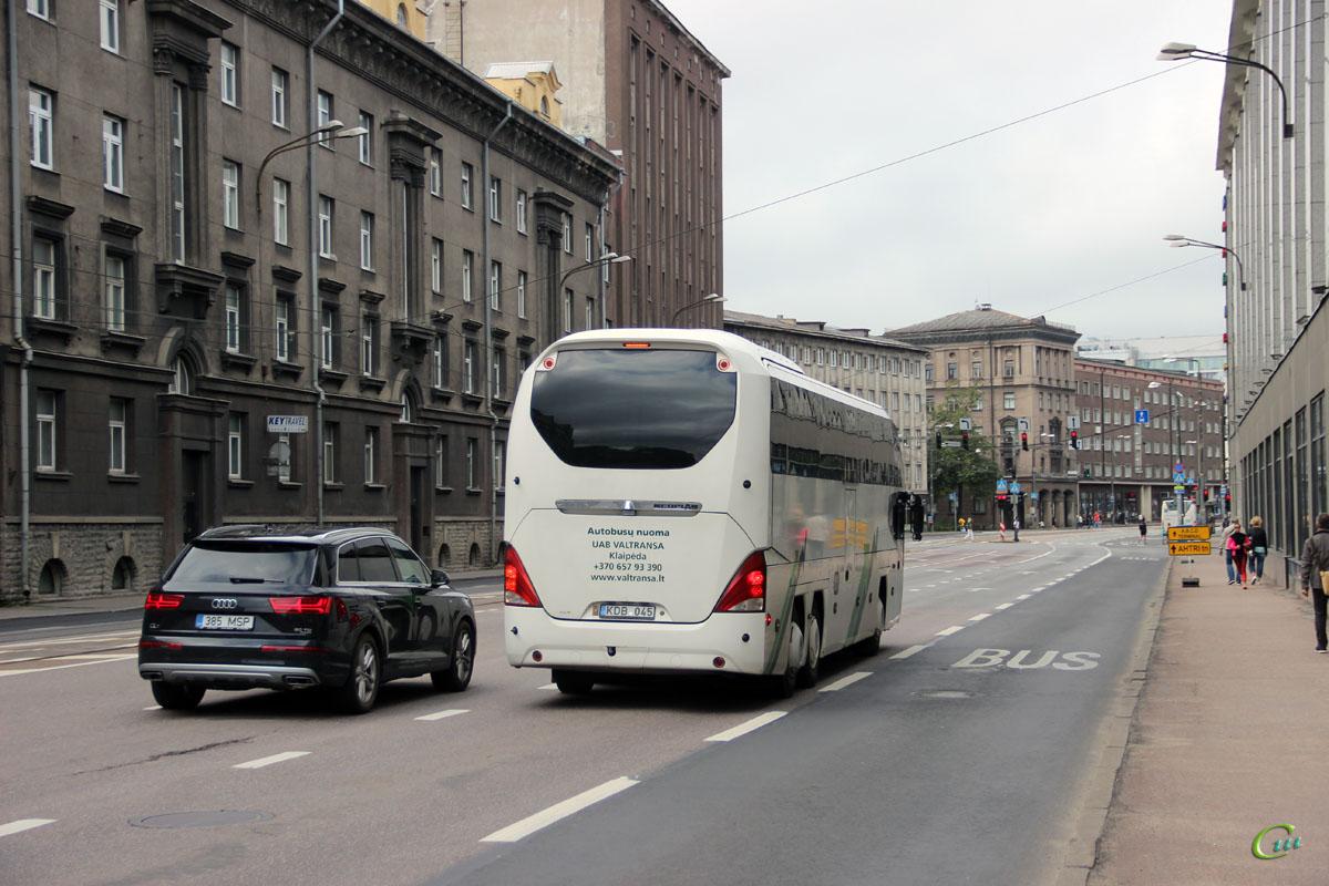 Таллин. Neoplan N1217HDC Cityliner KDB 045
