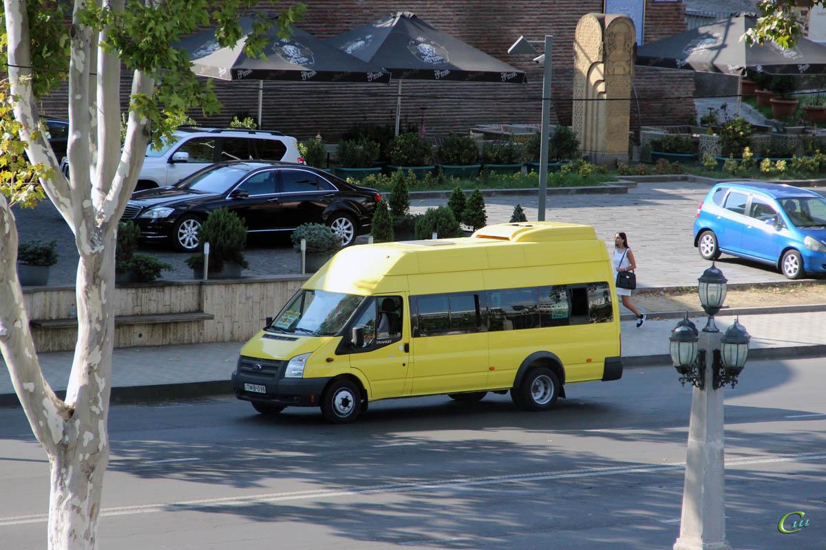 Тбилиси. Avestark (Ford Transit) TMB-096