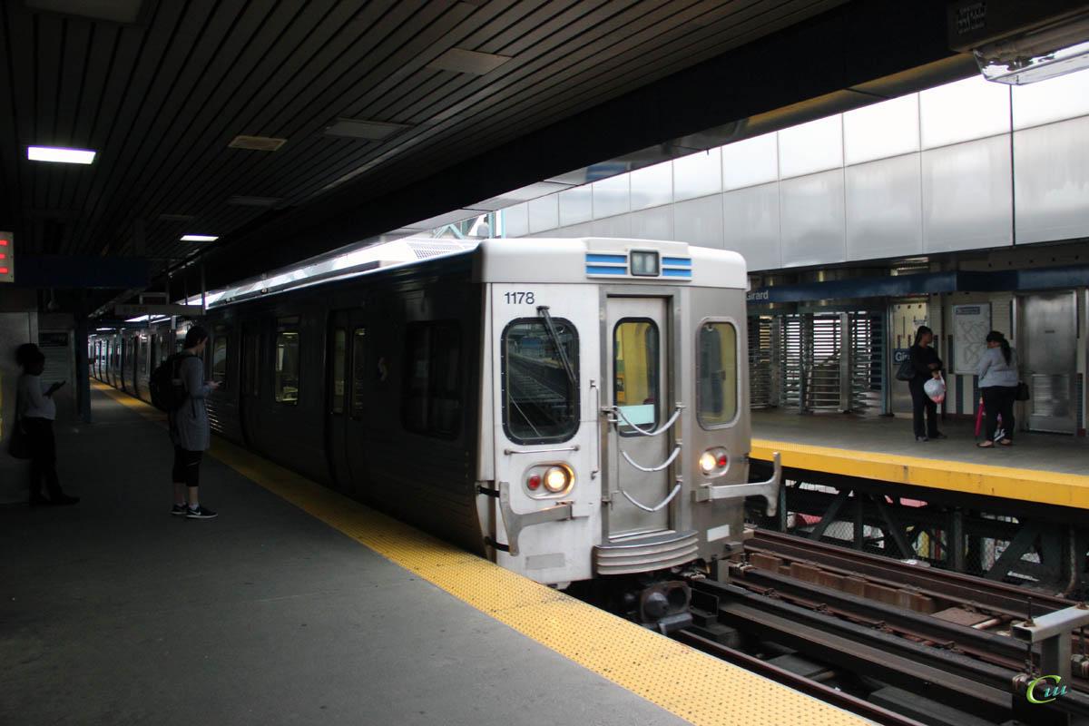 Филадельфия. Adtranz SEPTA M-4 № 1178