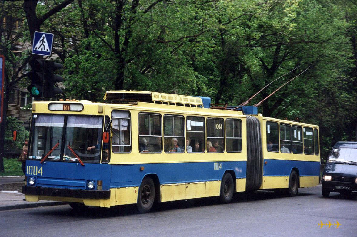 Донецк. ЮМЗ-Т1 №1004