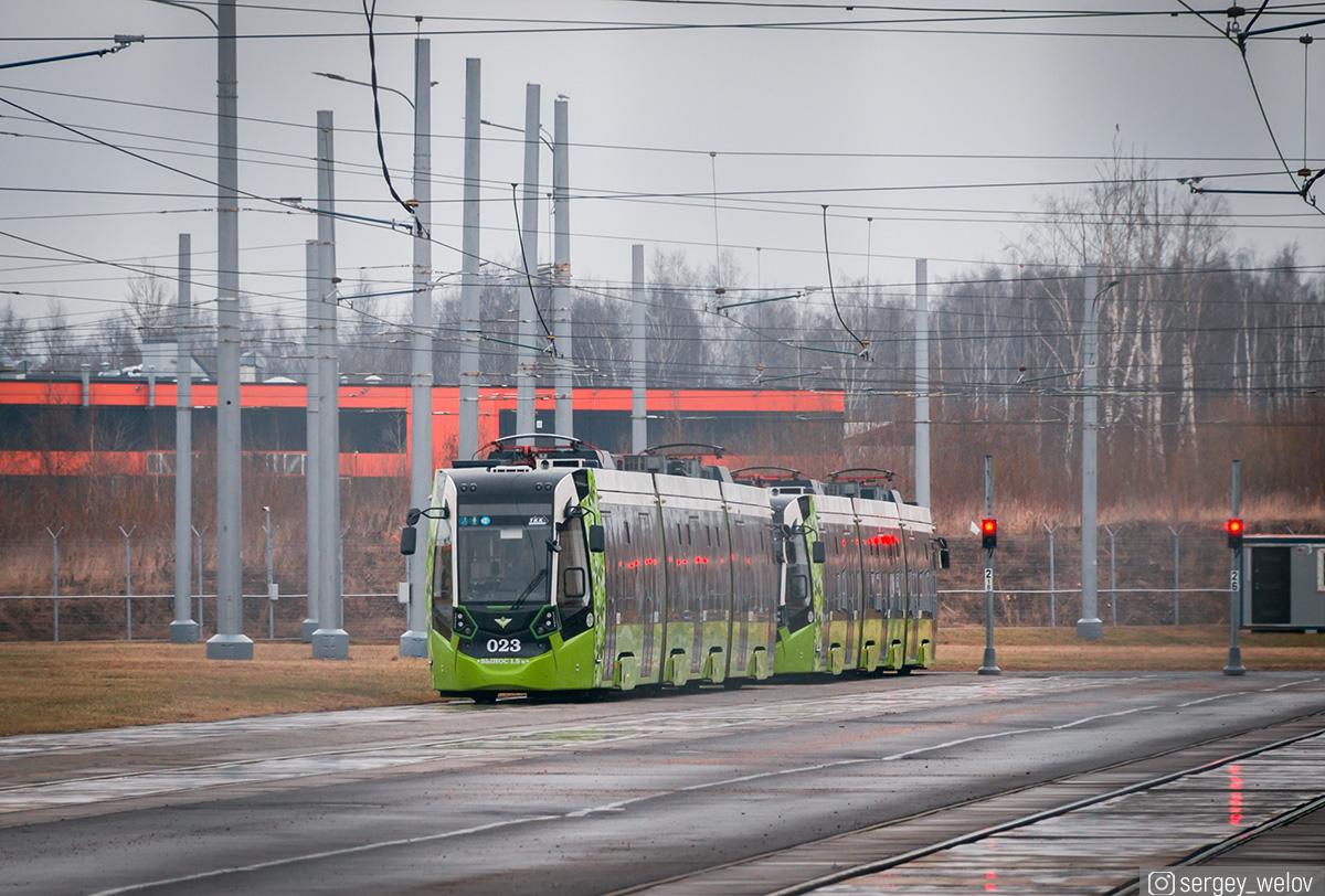 Санкт-Петербург. Stadler В85600М Метелица №023
