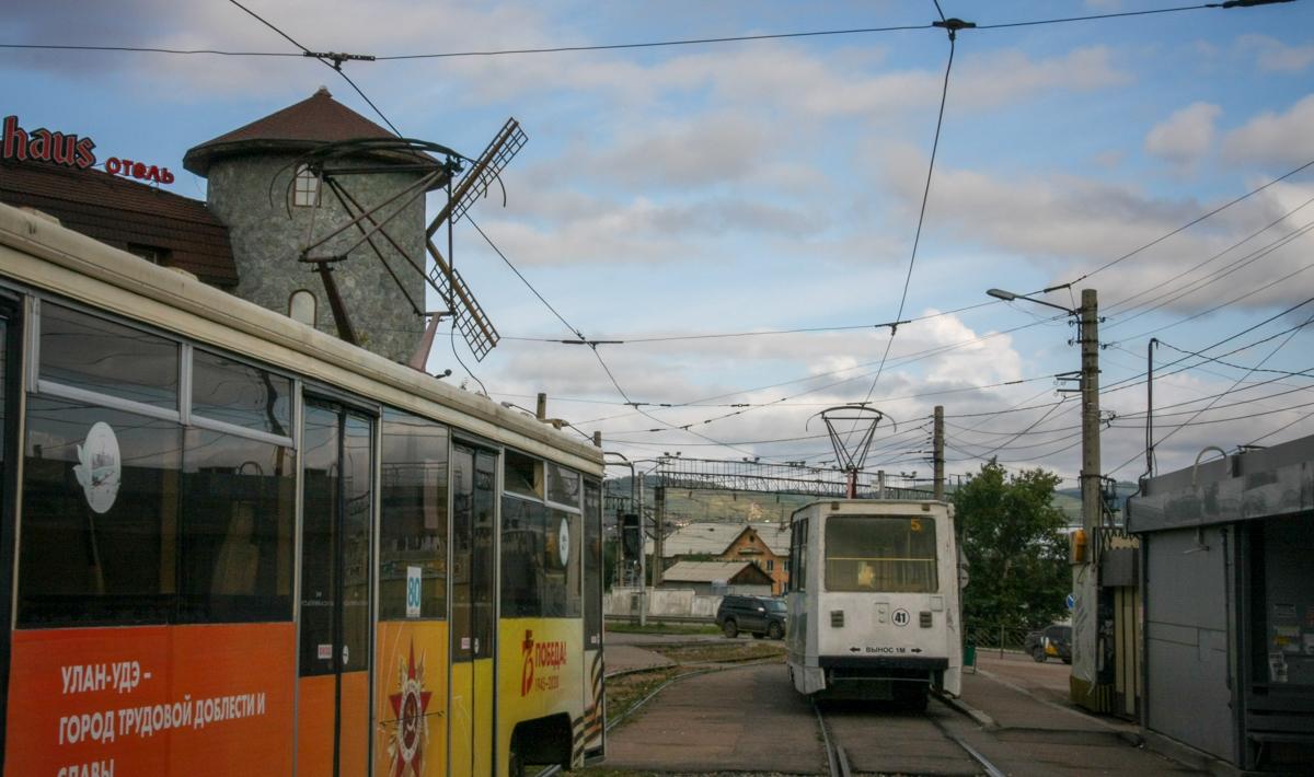 Улан-Удэ. 71-619КТ (КТМ-19КТ) №80, 71-605А (КТМ-5А) №41