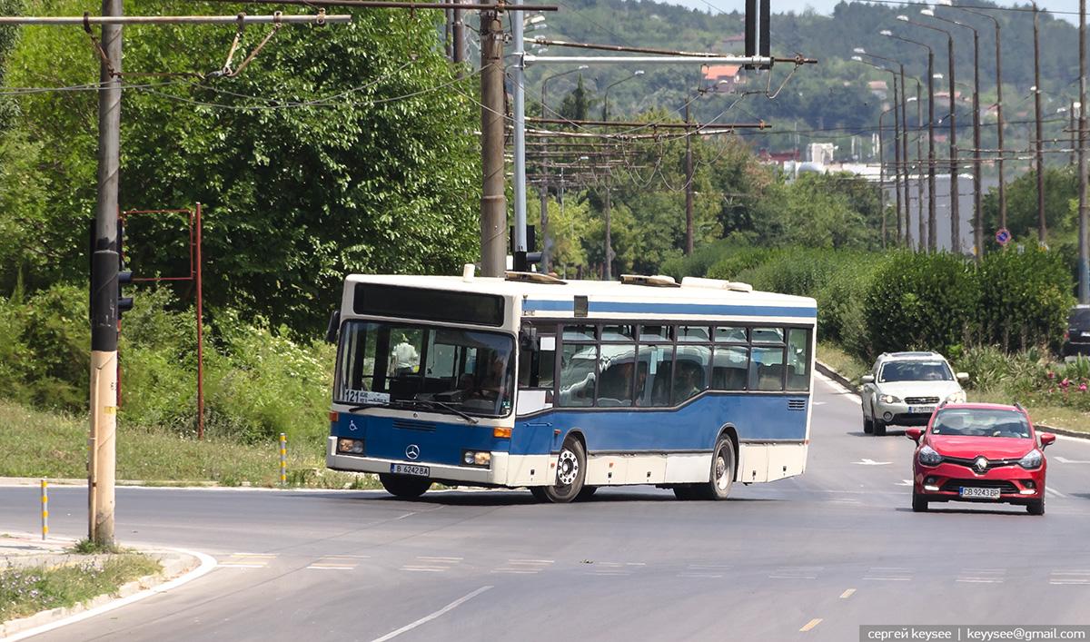 Варна. Mercedes-Benz O405N B 6242 BA