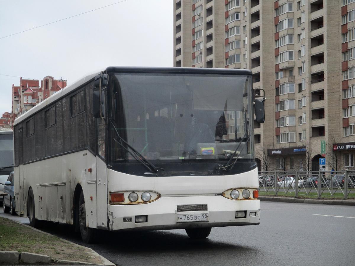 Санкт-Петербург. Волжанин-52702 в765вс