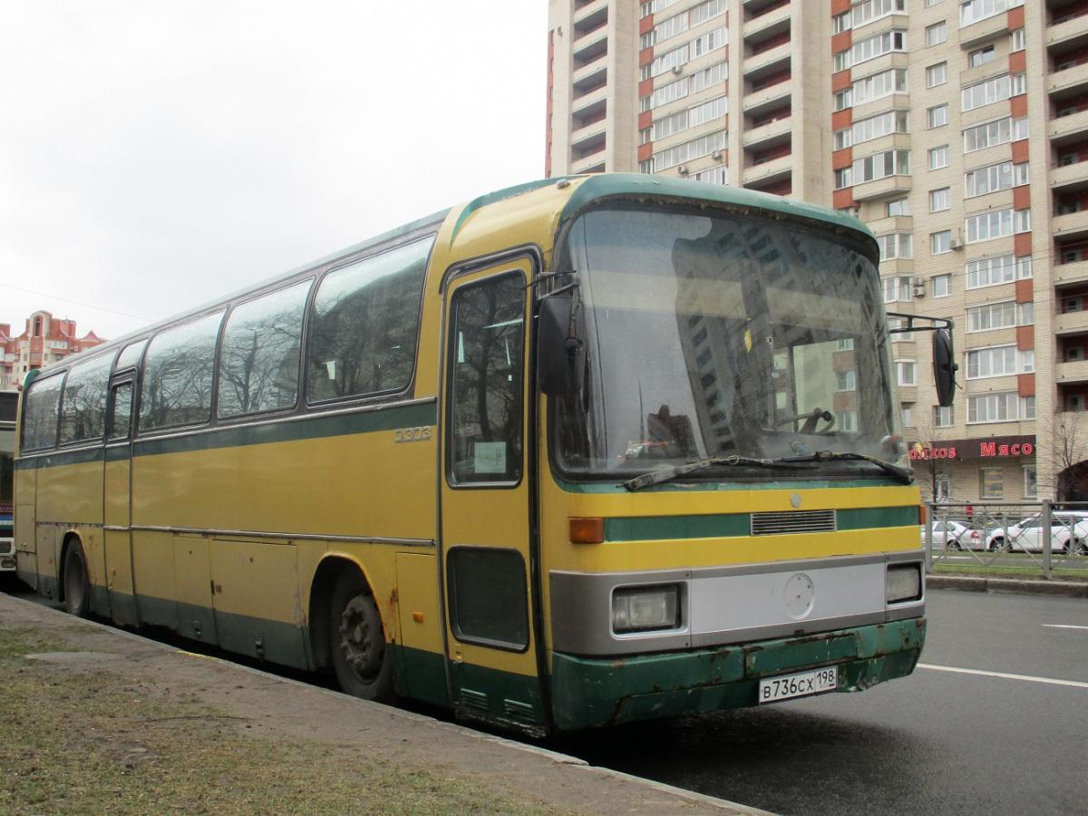 Санкт-Петербург. Mercedes-Benz O303 в736сх
