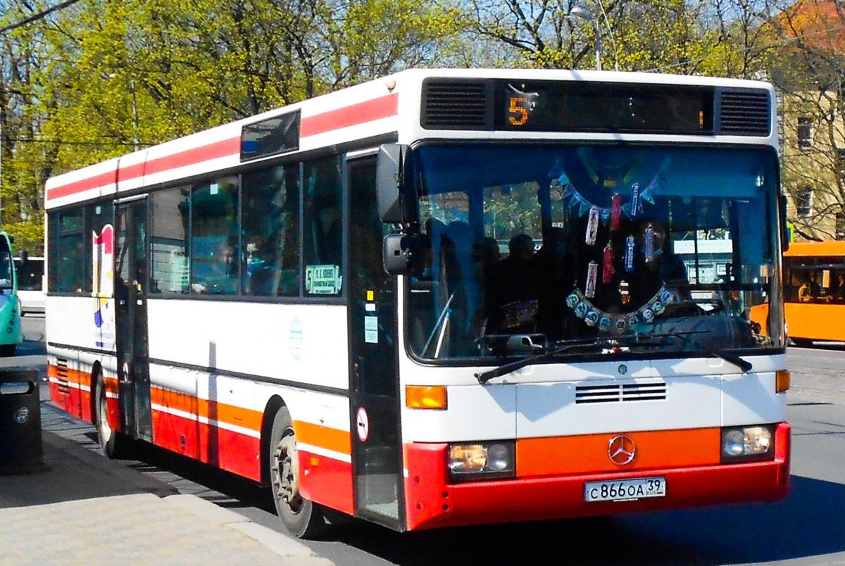 Калининград. Mercedes-Benz O407 с866оа