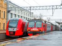 Санкт-Петербург. ЭД4М-0365, ЭС2Г-123 Ласточка