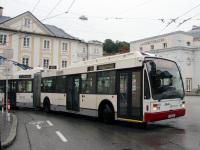 Зальцбург. Van Hool AG300T №272