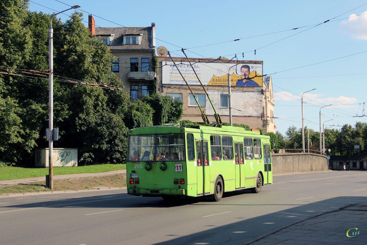 Каунас. Škoda 14Tr02/6 №290