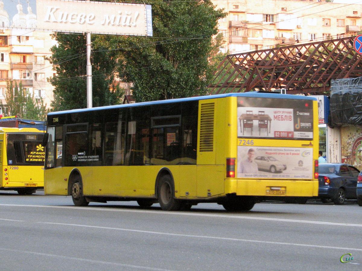 Киев. ЛАЗ-А183 070-35KA