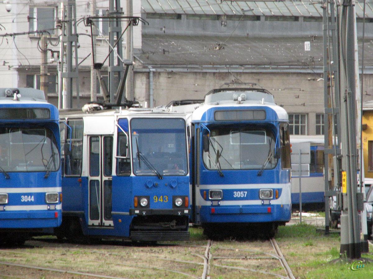 Краков. Konstal 105N №943, Duewag GT8S №3057