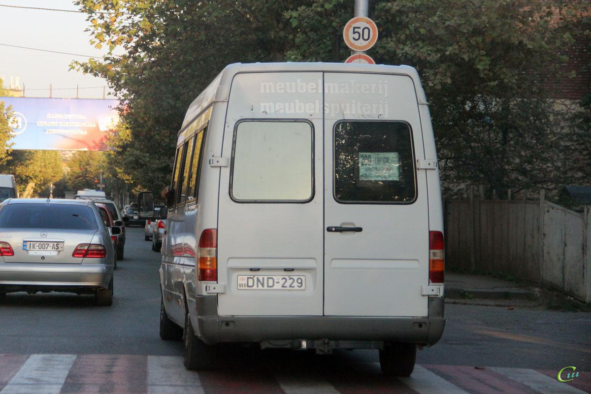 Кутаиси. Mercedes-Benz Sprinter 308D DND-229