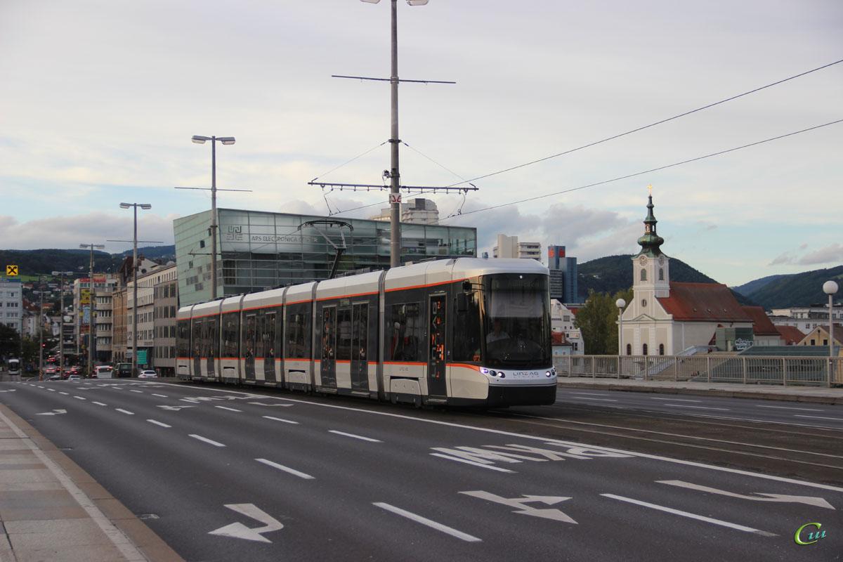 Линц. Bombardier Flexity Outlook №072