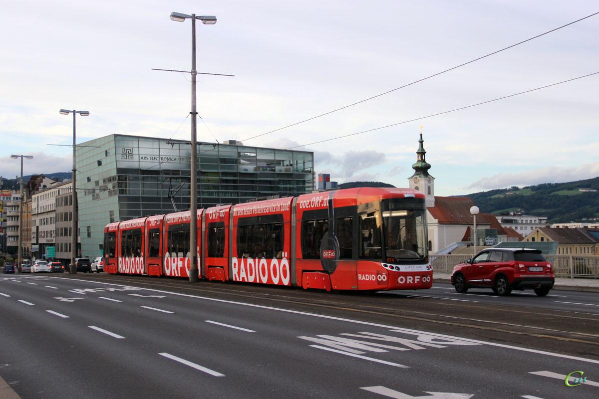 Линц. Bombardier Flexity Outlook №074