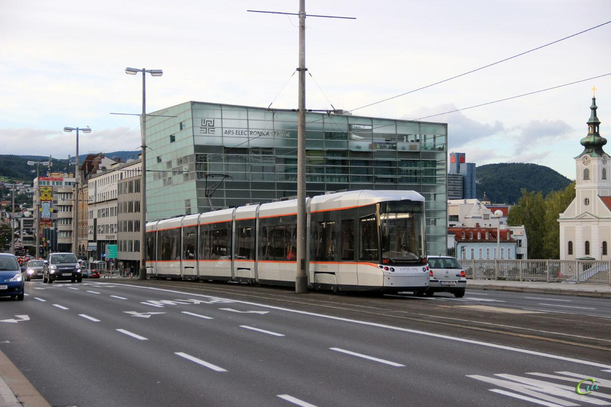 Линц. Bombardier Flexity Outlook №067