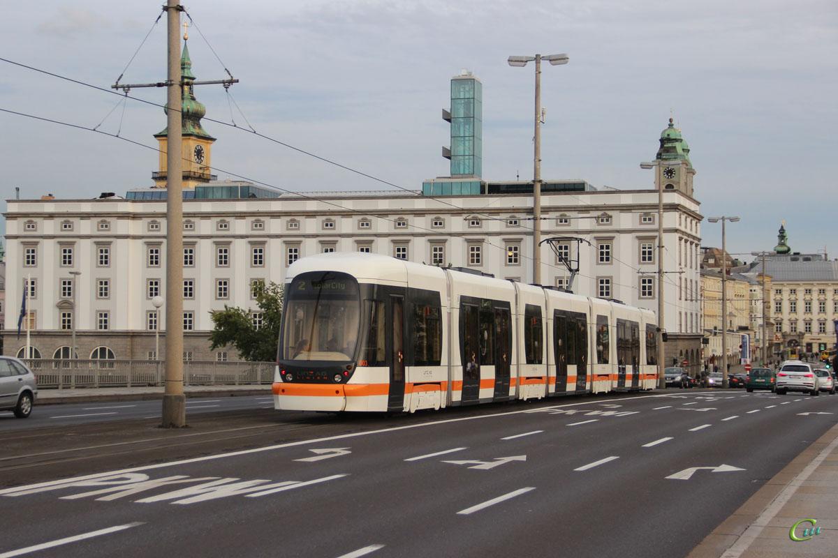 Линц. Bombardier Cityrunner №003