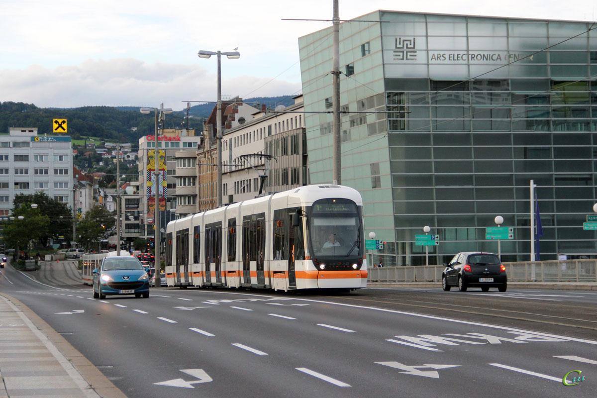 Линц. Bombardier Cityrunner №023