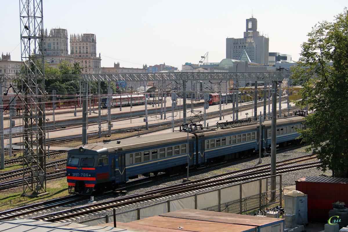 Минск. ЭР9Т-706