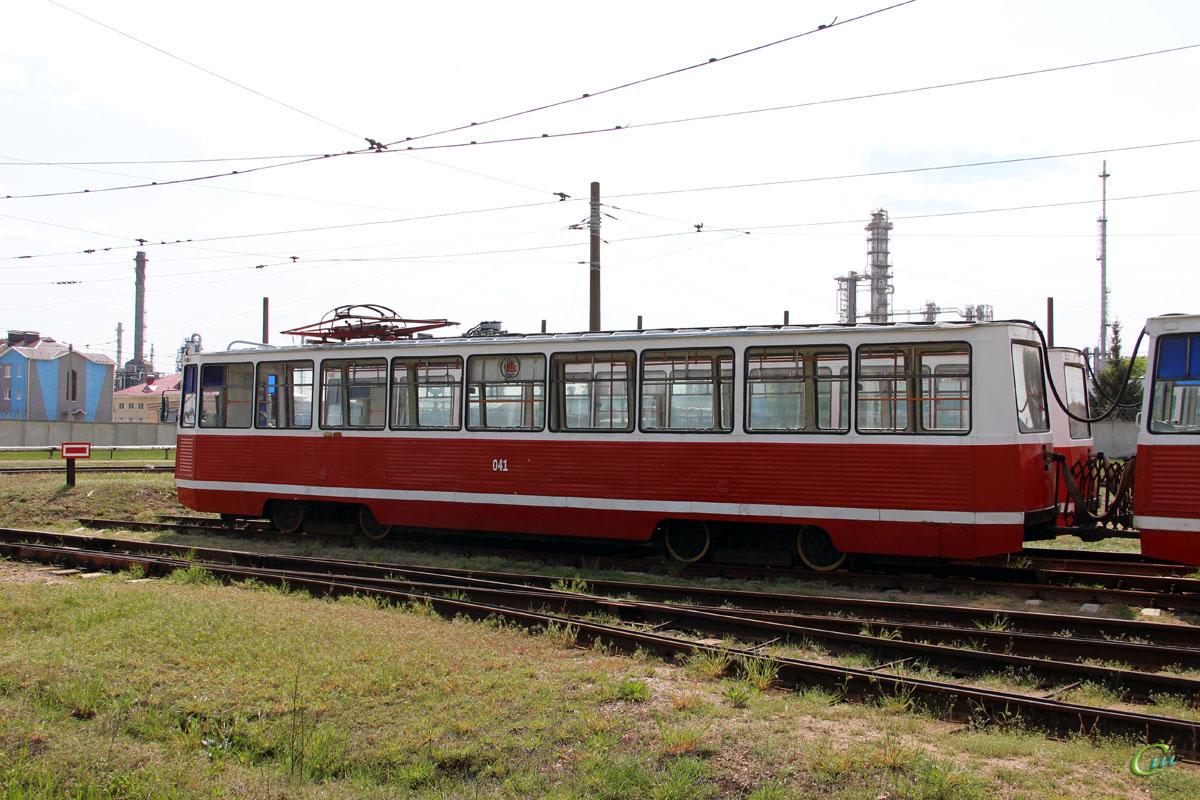 Мозырь. 71-605 (КТМ-5) №041