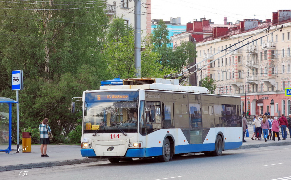 Мурманск. ВМЗ-5298.01 Авангард №144