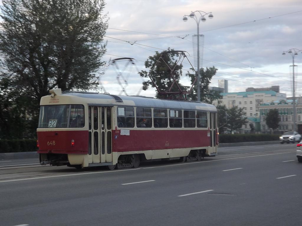 Екатеринбург. Tatra T3 (двухдверная) №648