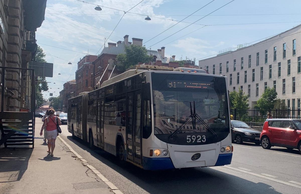 Санкт-Петербург. ВМЗ-62151 Премьер №5923