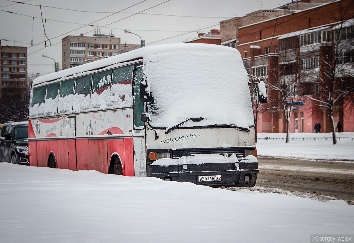 Санкт-Петербург. Setra S215HD в241вн