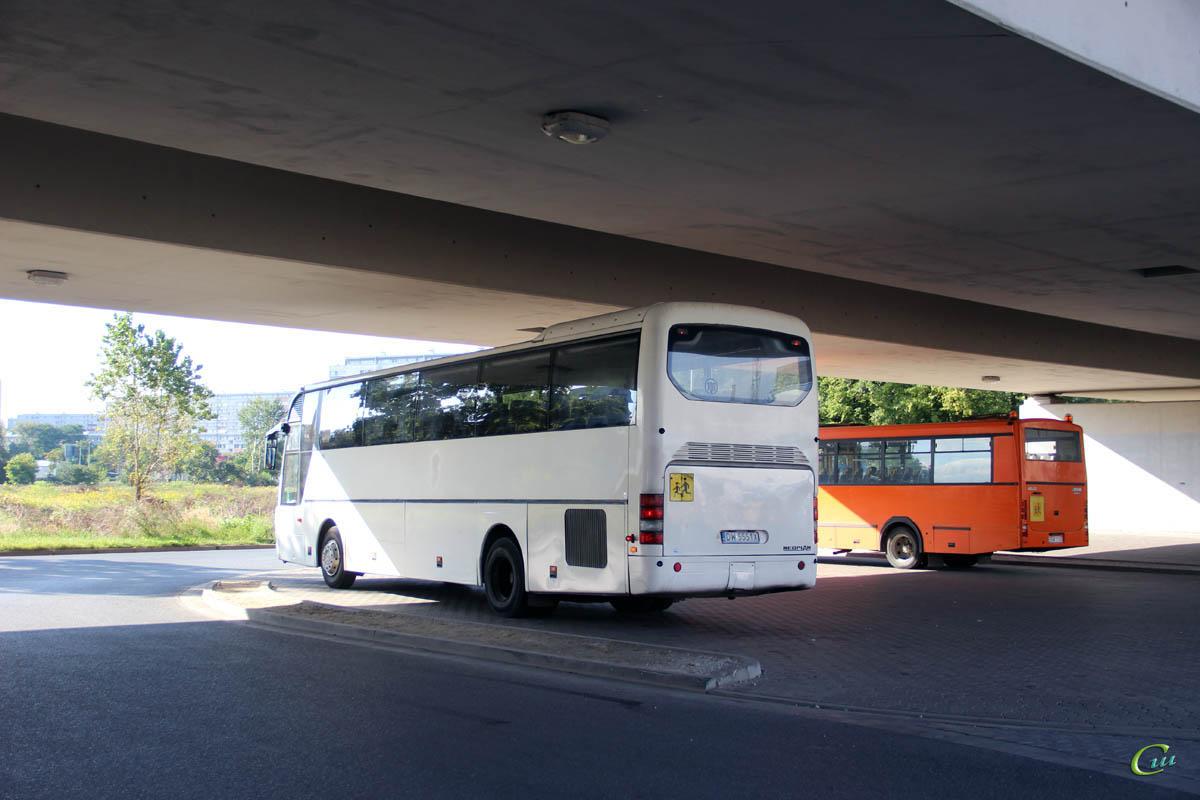 Вроцлав. Jelcz L090MS DSW C130, Neoplan N316SHD Euroliner DW 5551X