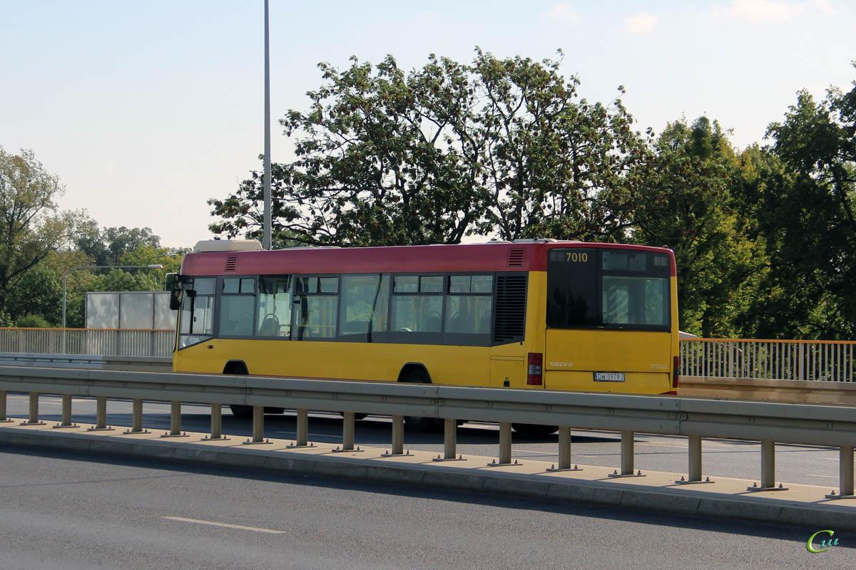 Вроцлав. Volvo 7000 DW 3979J