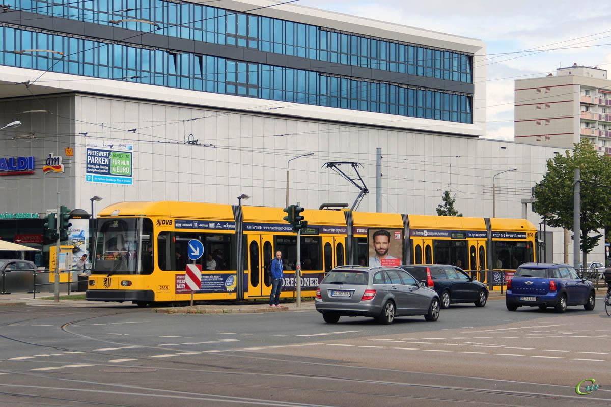 Дрезден. SachsenTram NGT6DD №2538