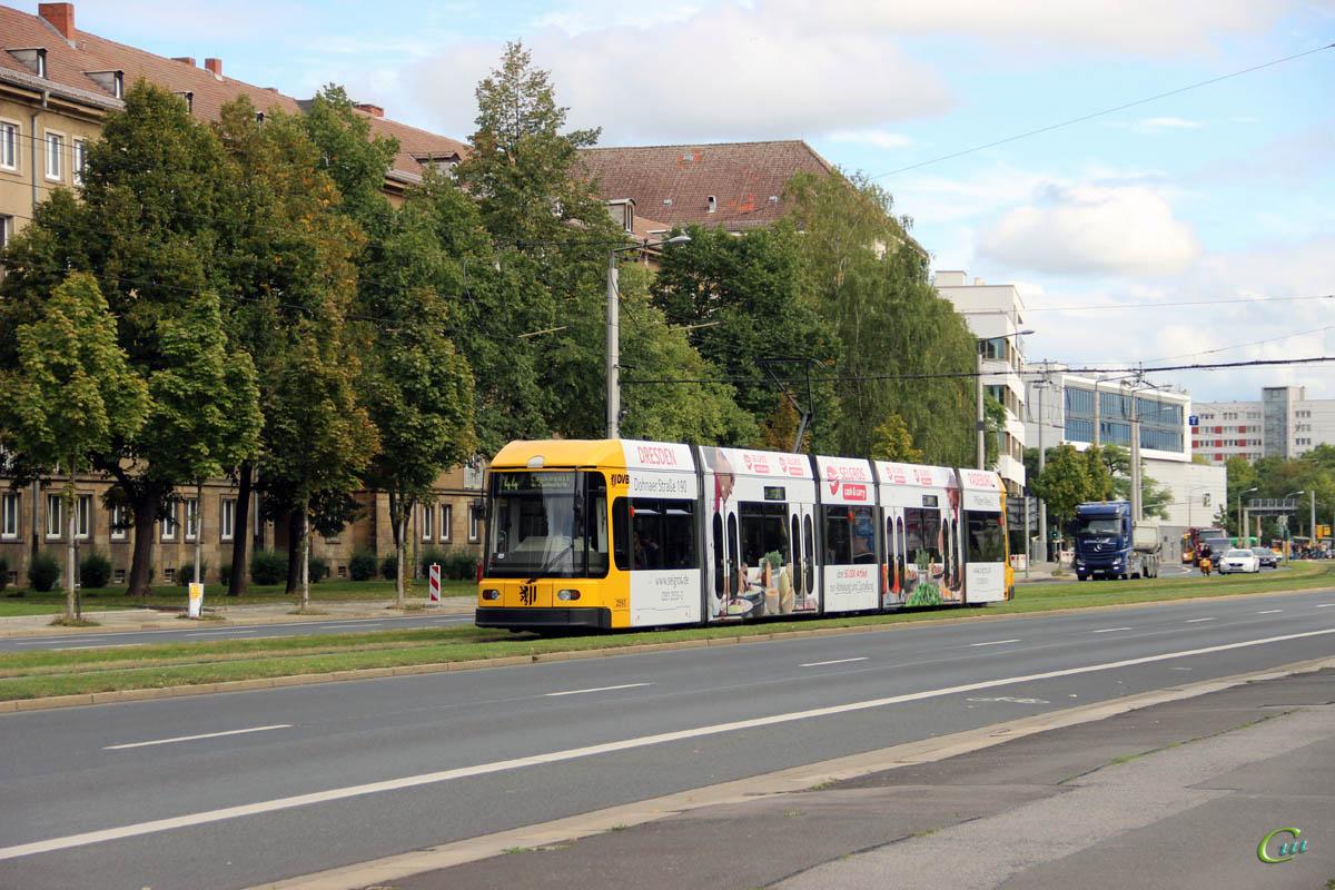 Дрезден. SachsenTram NGT6DD №2593
