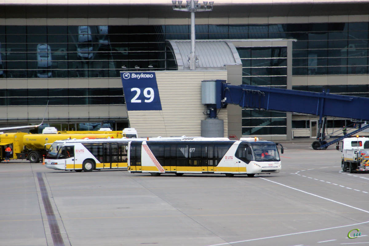 Москва. Neoplan N9012L №068, Neoplan N9122L 2128вс