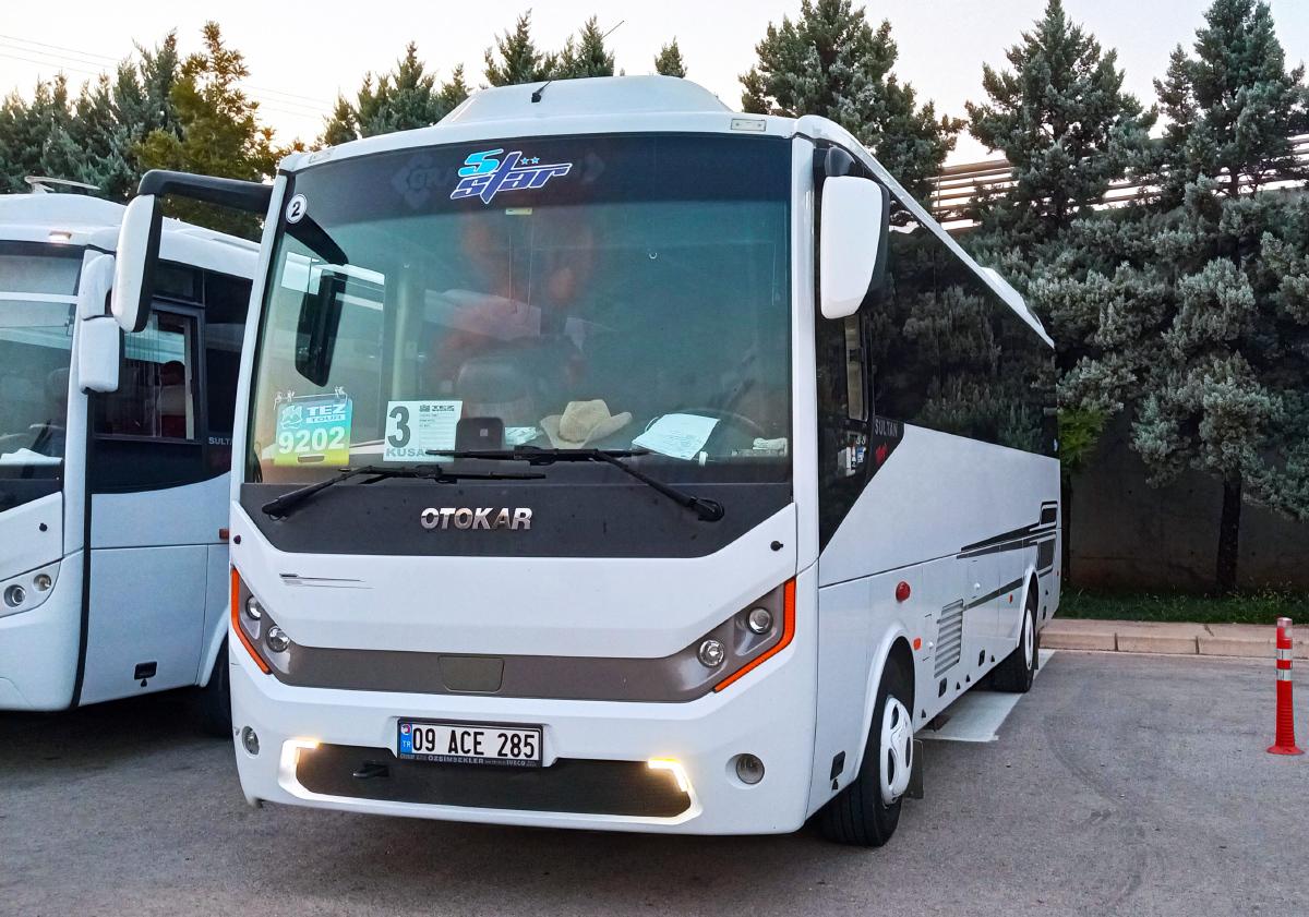 Измир. Otokar Sultan 09 ACE 285