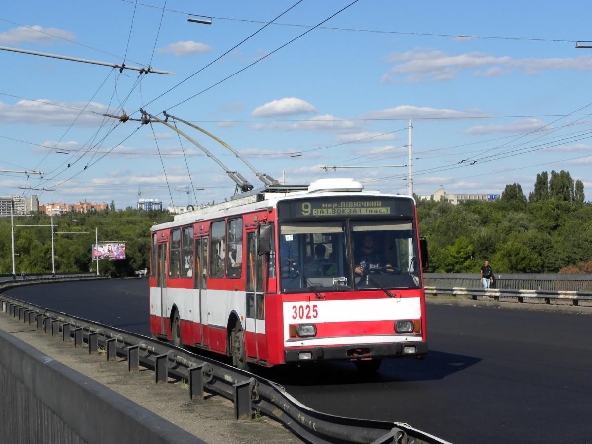 Николаев. Škoda 14TrR №3025