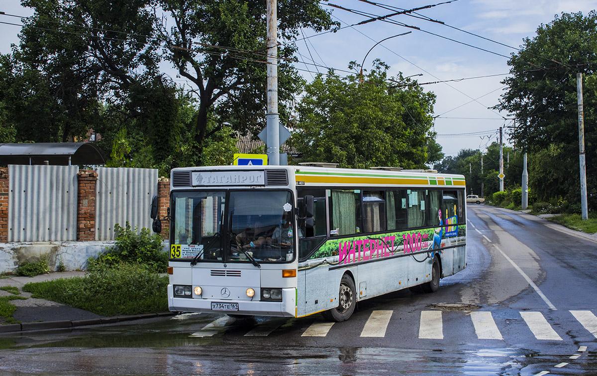 Таганрог. Mercedes-Benz O407 х734те