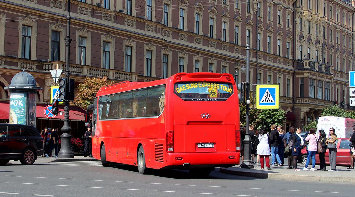 Санкт-Петербург. Hyundai Universe Express Noble н948ху