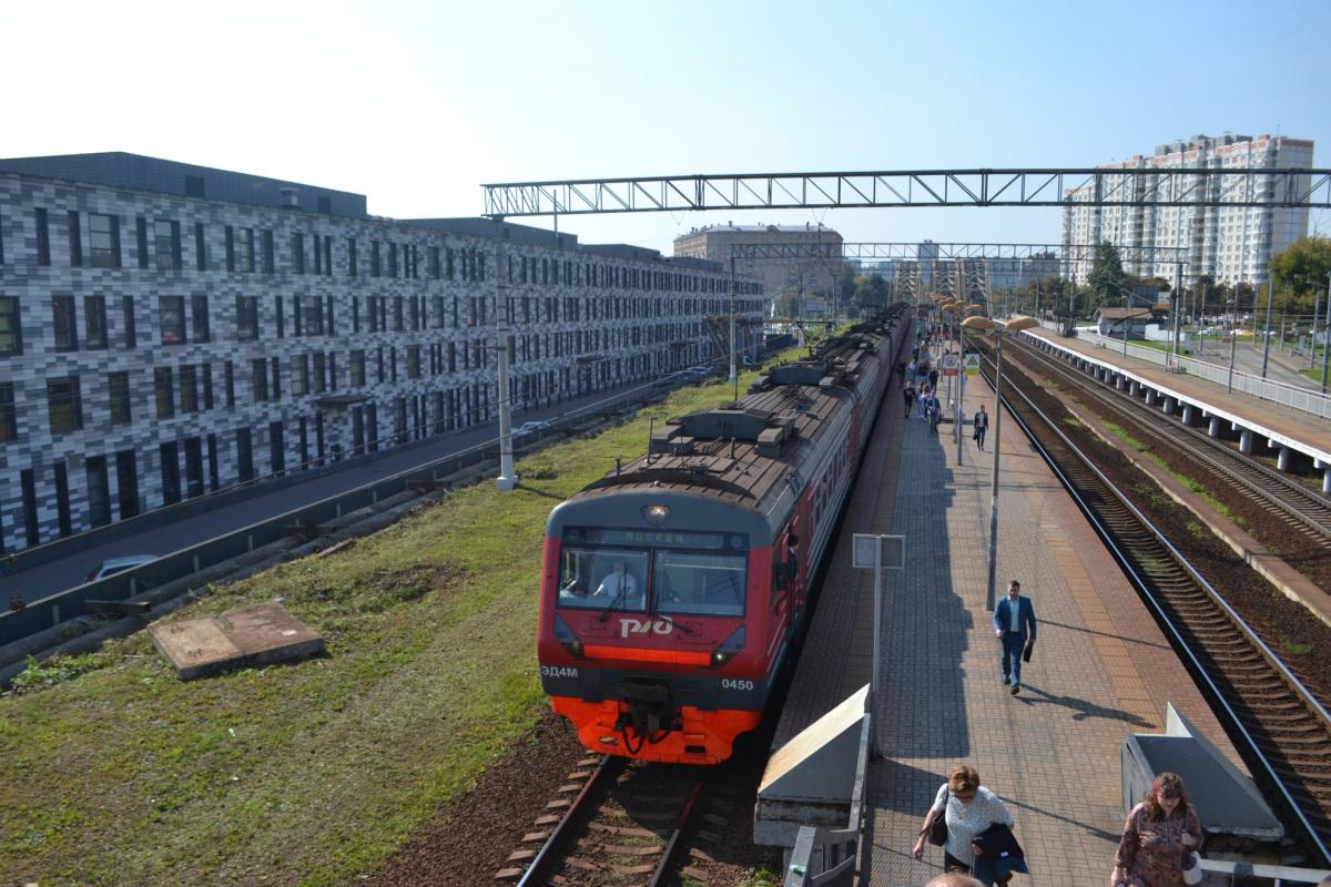 Москва. ЭД4М-0450