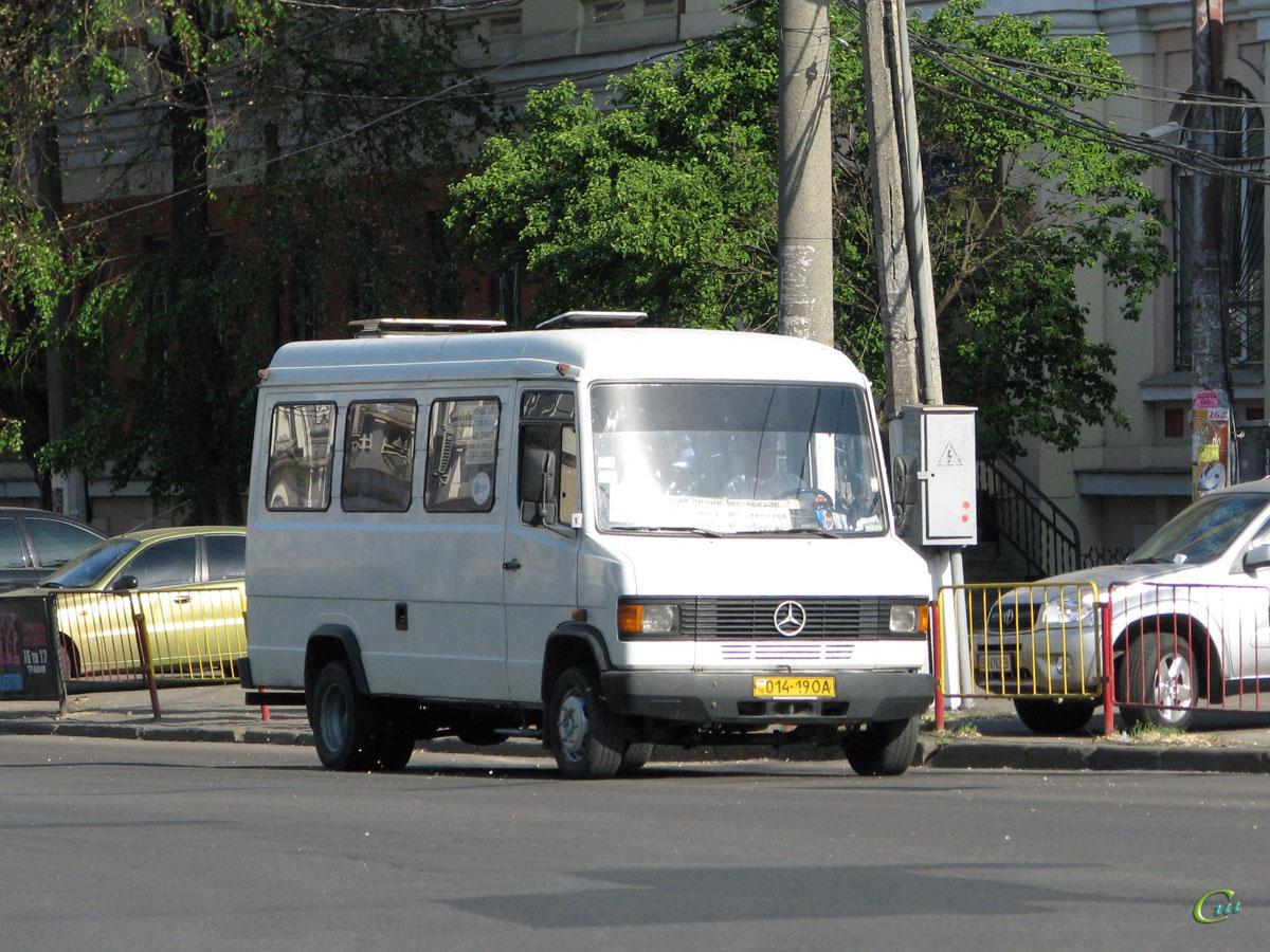 Одесса. Mercedes-Benz T2 609D 014-19OA