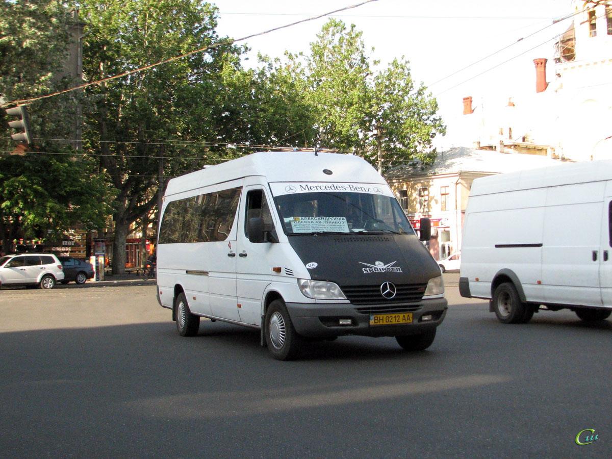 Одесса. Mercedes-Benz Sprinter 316CDI BH0212AA