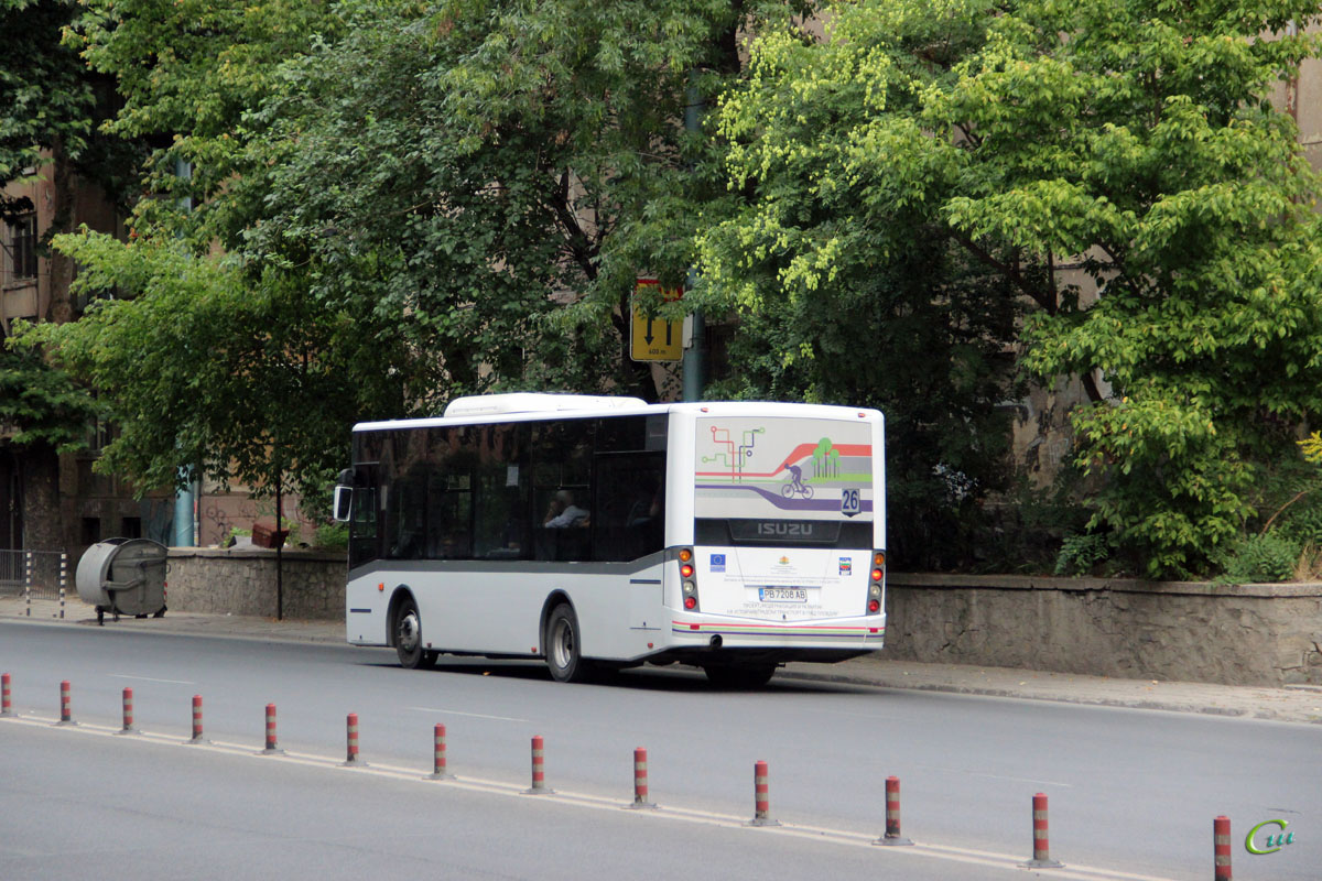 Пловдив. Isuzu Citibus PB 7208 AB