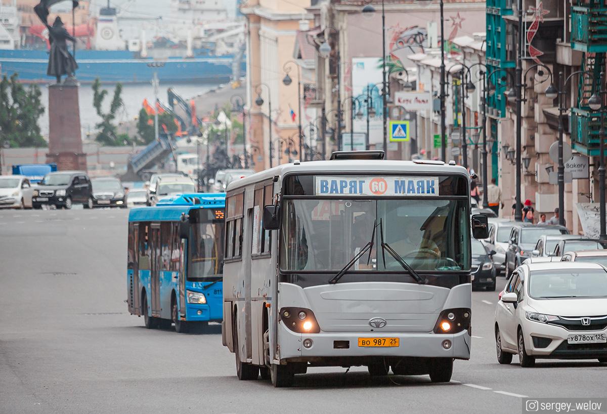 Владивосток. Daewoo BS106 во987