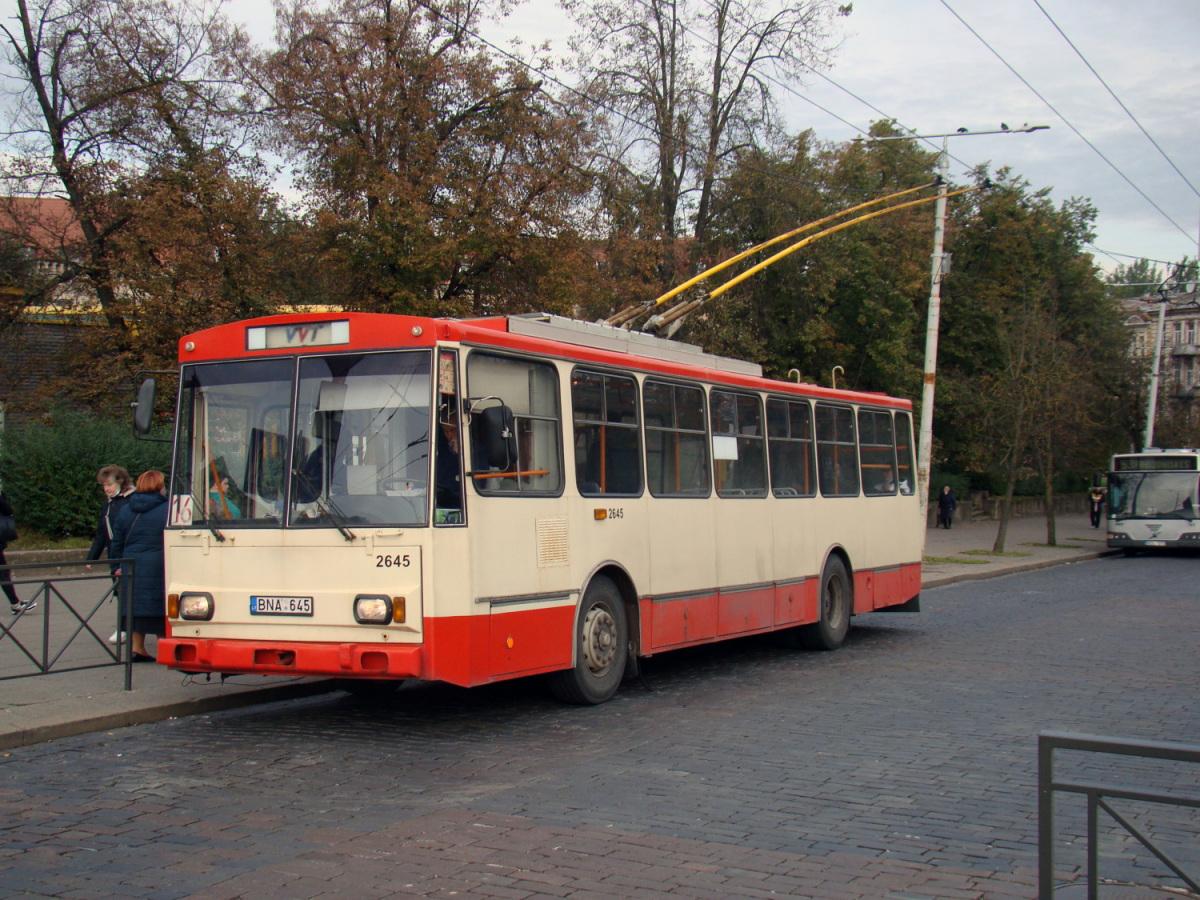 Вильнюс. Škoda 14Tr13/6 №2645, Volvo 7700A BDL 572