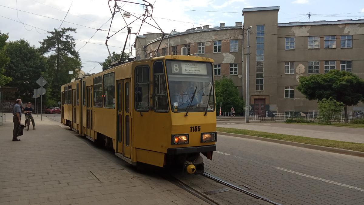 Львов. Tatra KT4D №1165