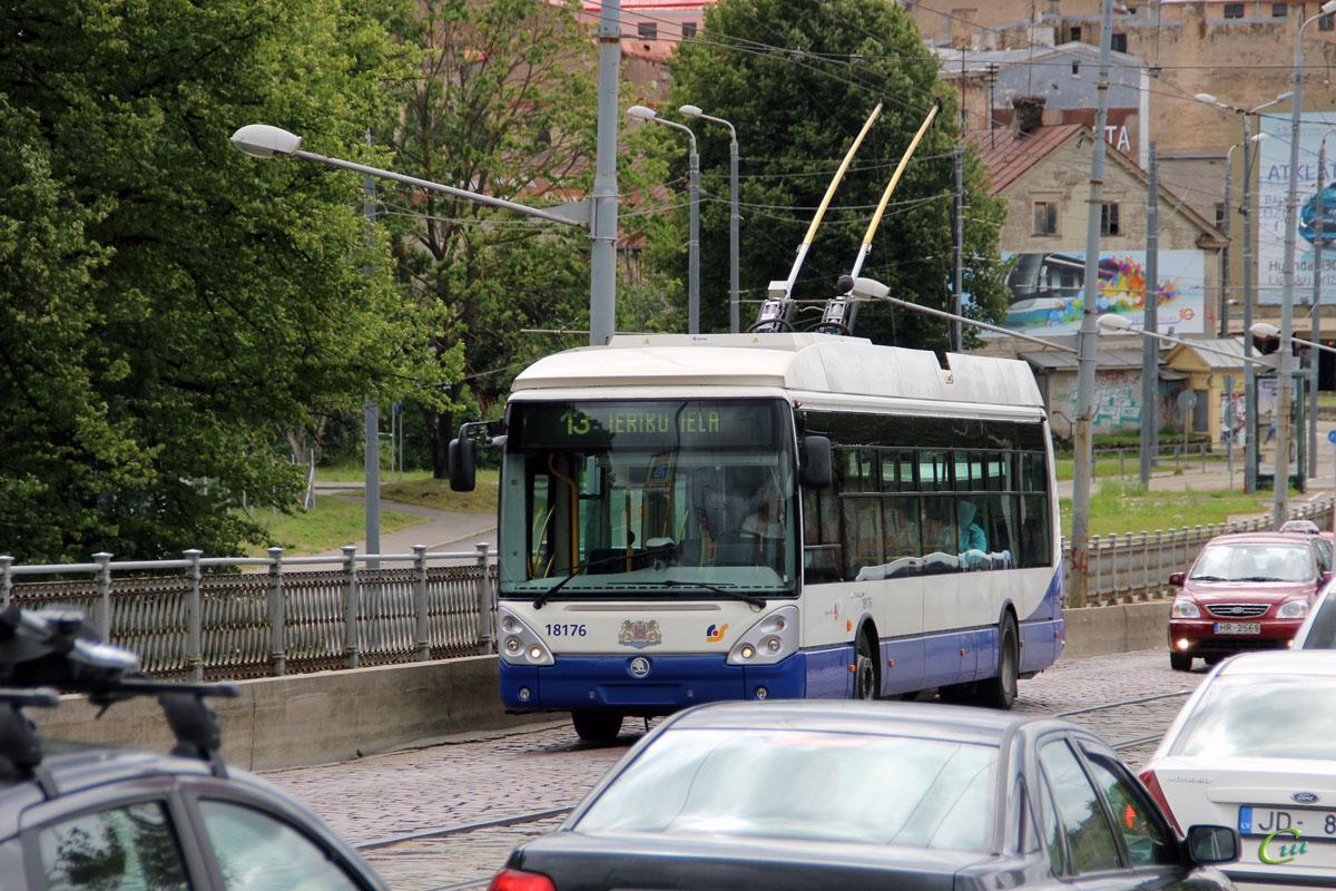 Рига. Škoda 24Tr Irisbus Citelis №18176
