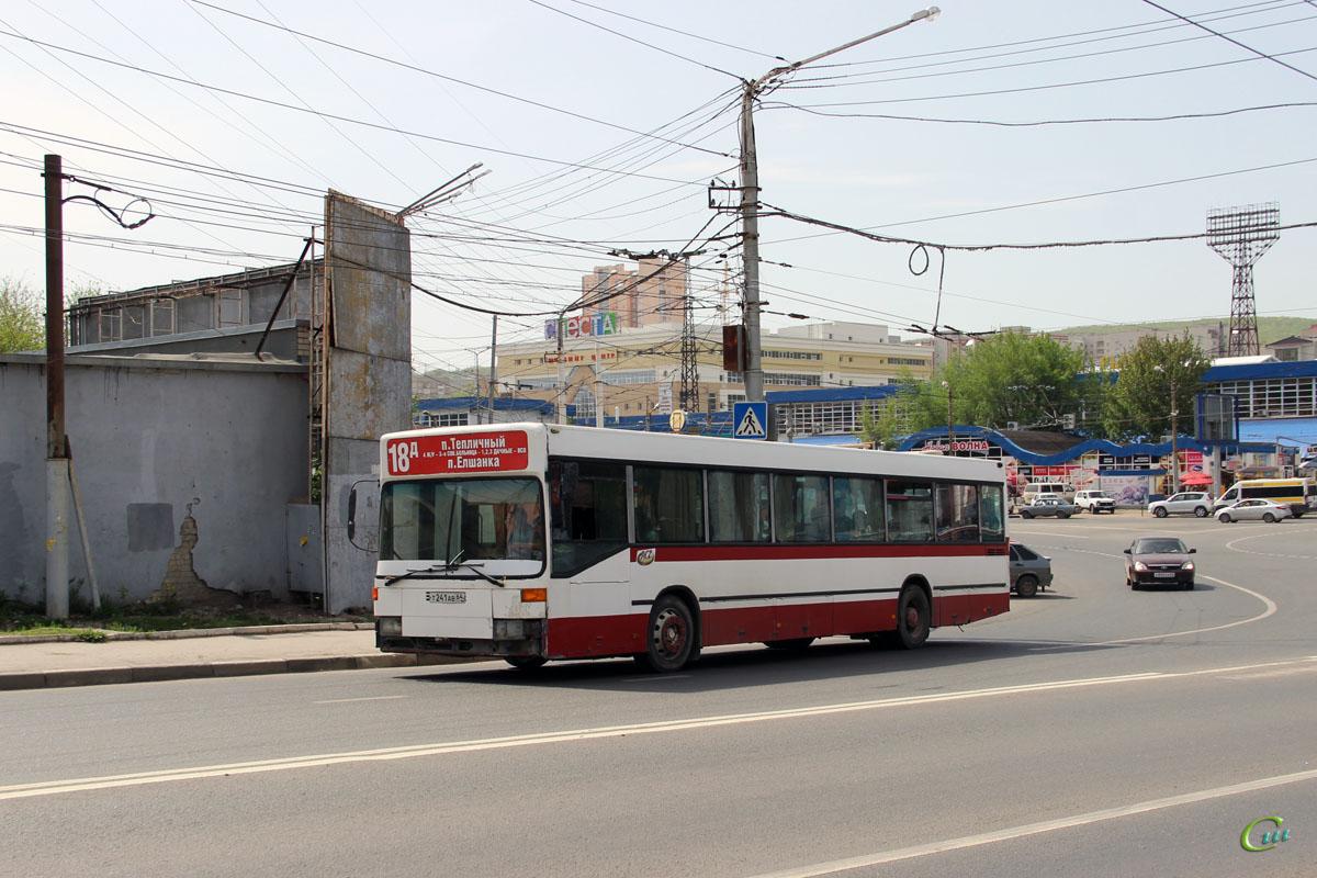 Саратов. Mercedes-Benz O405N т241ав