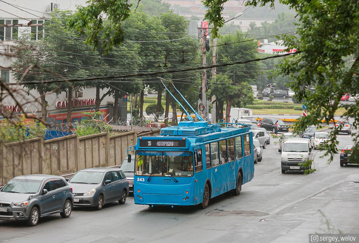 Владивосток. ЗиУ-682Г-016.02 (ЗиУ-682Г0М) №243